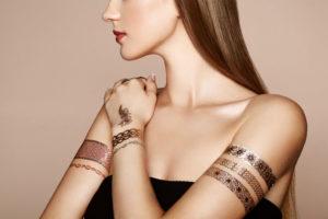 naklejane tatuaże