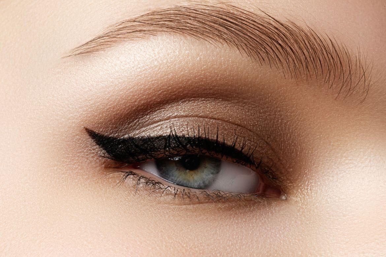 Jak zrobić kreskę eyelinerem