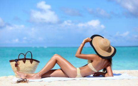 najpotrzebniejsze gadżety na plażę top 10