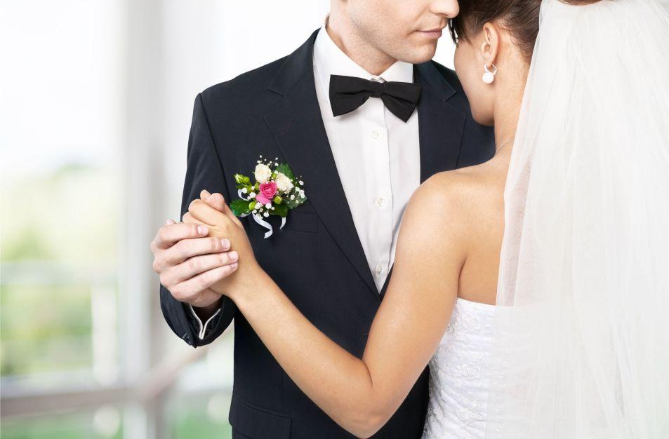 krawat czy muszka na ślub? co wybrać