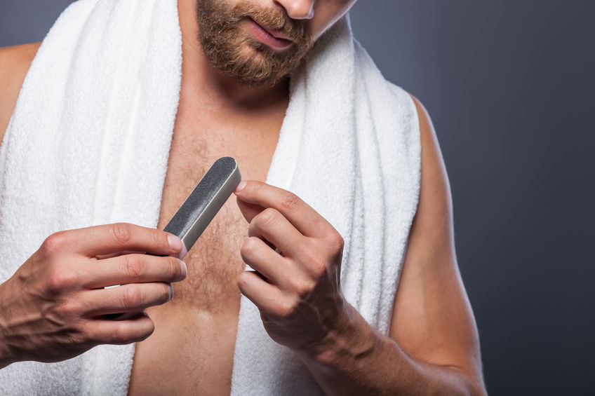 męski manicure w domu