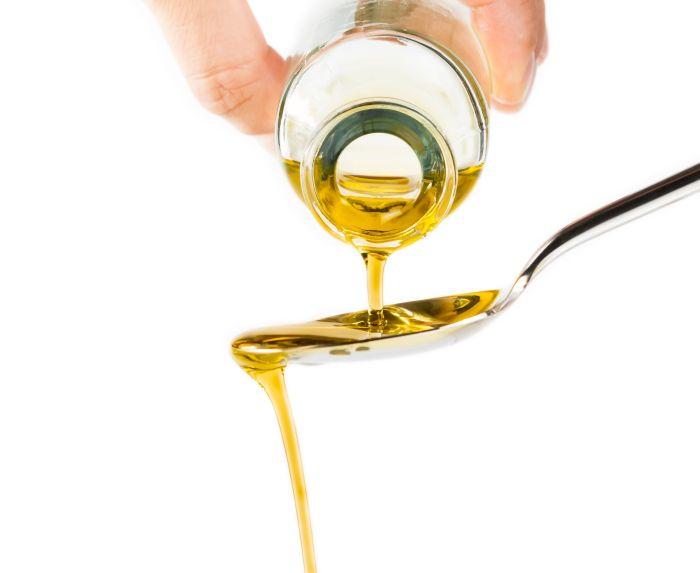 płukanie ust olejami zastosowanie